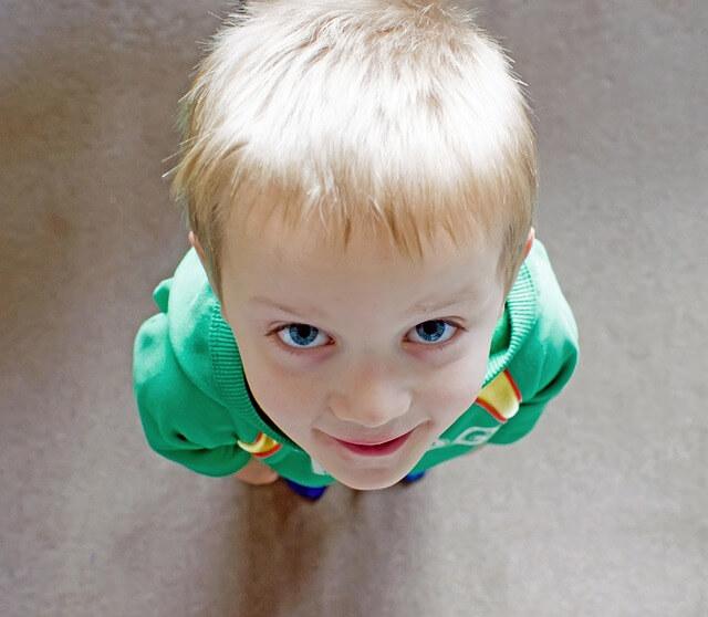 ¿Qué hacer si mi hijo roba?